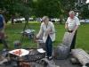 Das Grillfeuer ist bereit Auflegen der Steaks