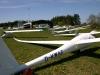 Alle Segelflugzeuge zum Start auf die Westseite schieben