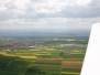 Flug im Mai über die gelben Rapsfelder