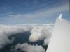 Der Himmel bewölkt sich in großer Höhe immer mehr