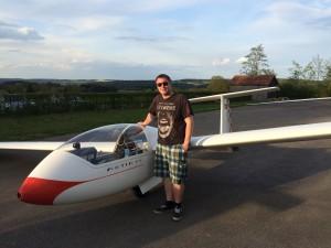 Denis Hermann nach erfolgreichem 50 km Flug